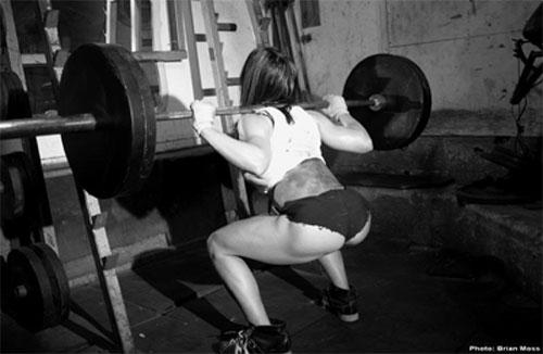 girl-squat